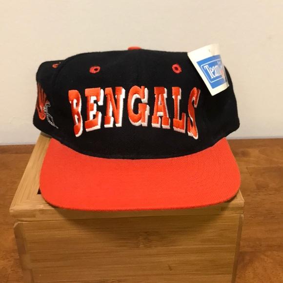 29c35252 Vintage NFL Cincinnati Bengals SnapBack. NWT